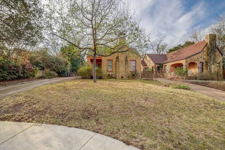 2012 TRAVIS HEIGHTS BLVD 78704
